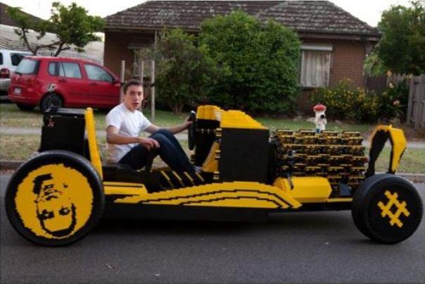 Lego car1