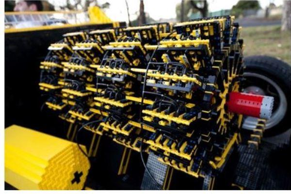 Lego car2