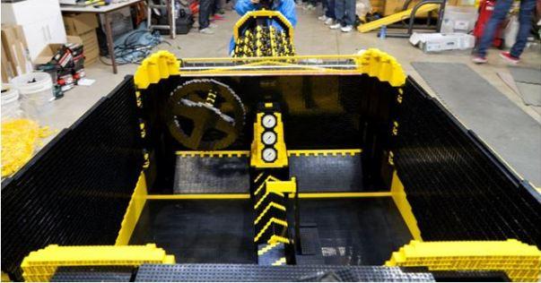 Lego car3