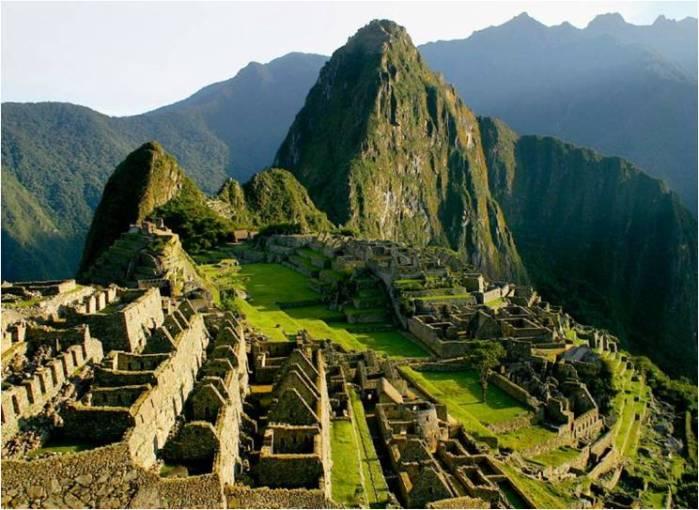 Andes_Mountain_Betta_machu_pichu