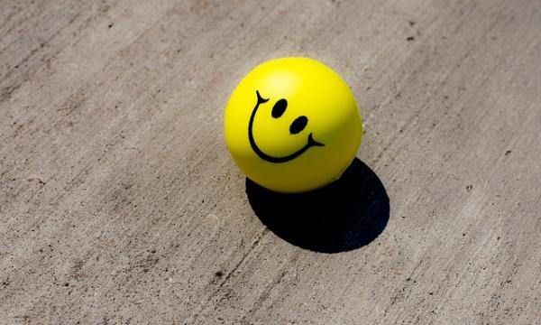 Smiley-stress-ball-J-E-Therlot